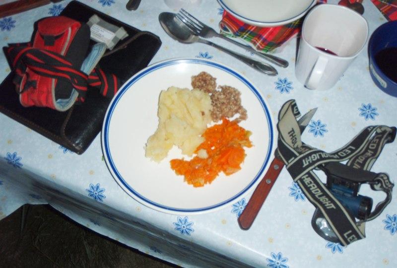 burns-supper_gobi-desert